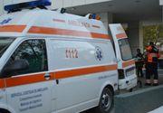 Un barbat din Arges si-a injunghiat iubita si a incercat sa se sinucida. Femeia, plina de sange, a fost lasata de echipajul medical la locul atacului