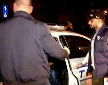 S-a intamplat in Bucuresti! Suparat ca i s-a taiat calea, a scos pistolul pe geam si a...