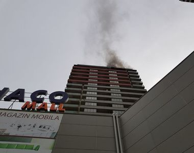 Incendiu intr-un bloc dintr-un ansamblu rezidential din Berceni. Locatarii sunt...