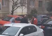 Bataie ca in filme intr-un oras din Romania!  Si-au carat pumni in mijlocul strazii