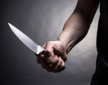 Eleva din Vaslui, injunghiata in cancelaria scolii de catre iubitul in varsta de 24 de...