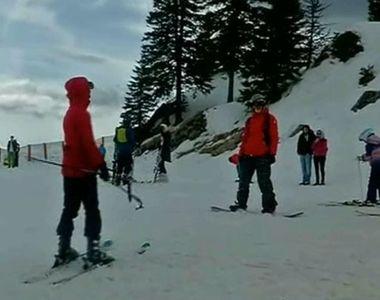 Iubitorii sporturilor de iarna se bucura in acest weekend de ultima zapada din an!...