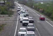 Teroare pe Valea Prahovei! S-au format coloane de masini interminabile! Se circula cu maxim 20 km/h!