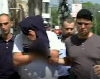 Soferul care a lovit o fetita pe o trecere de pietoni din Bucuresti, apoi a fugit de la...