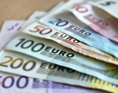 Primaria ofera tinerilor casatoriti 1.000 de euro. Ce trebuie sa faci si care sunt...