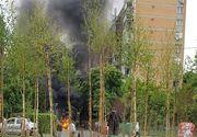 Doua autoturisme din sectorul 3 al Capitalei, cuprinse de flacari! Pompierii au intervenit cu doua autospeciale!