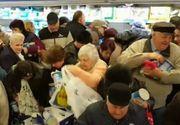 """Clientii unui supermarket din Prahova au """"turbat"""" din cauza branzei la reducere! Imagini uluitoare!"""