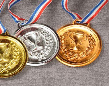 Despre ei putini vorbesc! Elevii romani au cucerit sase medalii, patru de aur si doua...