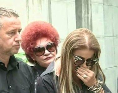 S-a aflat ce contineau pachetelele pe care le-a impartit Anamaria Prodan la parastasul...