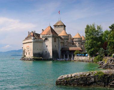 Mai multe castele si monumente fabuloase din intreaga Europa au fost scoase la vanzare...
