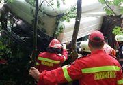 Accident DEVASTATOR! Doua TIR-uri s-au ciocnit pe DN 1A . Traficul rutier este blocat