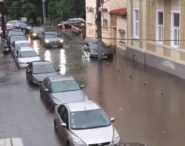 Imaginile dezastrului de la Cluj! O ploaie torentiala de cateva minute a facut prapad...