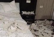 Tavanul a cazut peste turisti, intr-un hotel din Baile Felix