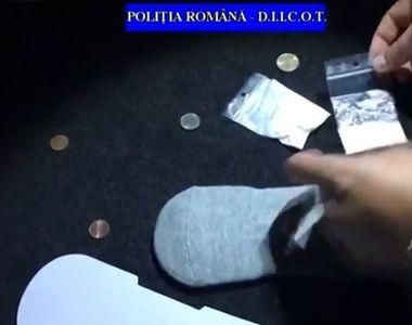 Cu drogurile in sosete! Asa au fost prinsi doi tineri din Piatra Neamt!