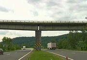 Un pod din Prahova risca sa se prabuseasca oricand, iar autoritatile nu fac nimic!