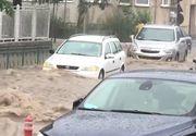 Video! Ploile au facut prapad in tara. Mai multe orase sunt inundate
