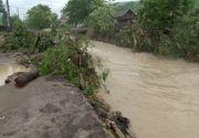 Avertizare COD ROSU de inundatii in mai multe orase din tara! A fost convocat comandamentul de URGENTA
