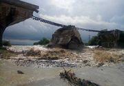 Un pod de cale ferata din Brasov s-a prabusit din cauza viiturilor!