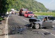 "Doi copii si trei adulti au fost victimele unui accident in ""Curba mortii"" din Hunedoara. O masina a luat foc"