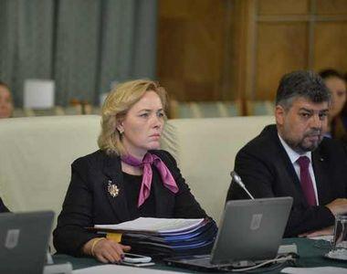 """Carmen Dan, gafa monumentala in videoconferinta cu prefectii: """"Doamna ministru,..."""