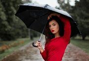 Vremea schimba moda! Umbrela, un accesoriu nelipsit vara aceasta!