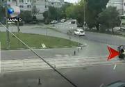 Un octogenar a intrat in vizorul politiei, dupa ce si-a oprit masina intr-un sens giratoriu din Galati, in plina zi