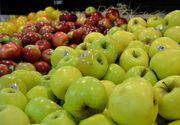 Un sortiment de mere verzi, vandut intr-un mare lant de magazine din Romania, a fost restras preventiv din galantare