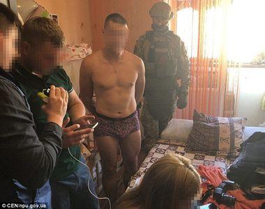 Monstru cu chip de om! A fost arestat dupa ce si-a violat fetita de doar opt luni!