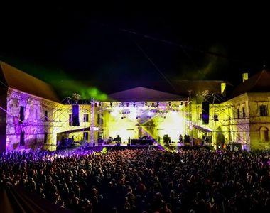Festivalul Electric Castle a inceput! Iata care este atmosfera in prima zi!