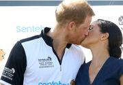 Meghan Markle il saruta in public pe Printul Harry