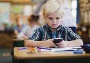 Interzis la telefoane mobile in scoli! Legea adoptata de francezi vine si in Romania!
