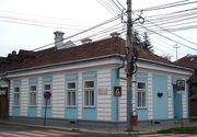 Casa din Sighetul Marmatiei a scriitorului Elie Wiesel, vandalizata! Pe peretii exteriori au fost scrise mesaje antisemite!