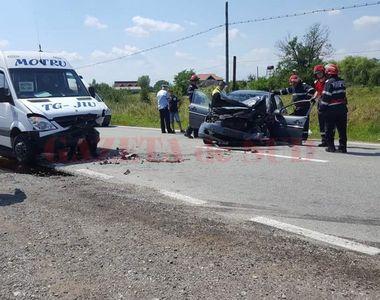 Accident in Gorj! Planul Rosu de interventie a fost activat dupa ce un autoturism s-a...