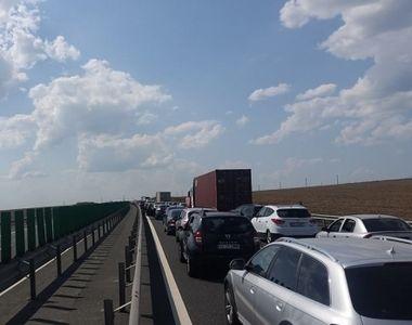 Trafic ingreunat pe Autostrada Soarelui, dupa ce trei masini s-au ciocnit!