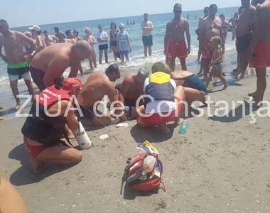 Un copil de 4 ani, inecat in mare a fost salvat in mod miraculos de doi angajati ISU -...
