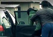Alerta in Arad! Femeie rapita de pe strada si bagata cu forta intr-o duba. Martorii spun ca striga disperata dupa ajutor