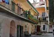 Turistii sparg bani grei pentru a dormi o noapte in cladirile vechi din Transilvania!