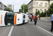 Accident dramatic in Constanta! O ambulanta in care se aflau un copil de trei ani si mama lui s-a rasturnat. In ce stare sunt cei doi acum
