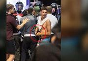 Barbatul care ar fi furat pistolul unui jandarm din Piata Victoriei ar fi fost retinut