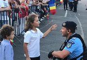 Adevarul din spatele fotografiei postata de Jandarmeria Romana. Care a fost, de fapt, dialogul dintre copii si jandarm. Mama rupe tacerea
