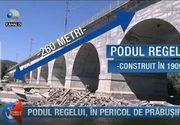 Pericol urias! Un pod din Prahova, construit pe vremea domniei lui Carol, la un pas sa se prabuseasca. Ce fac autoritatile