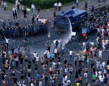 "Protest anuntat pentru astazi in Piata Victoriei. ""Democratia moare in Romania in..."