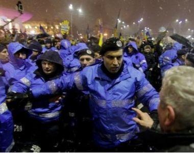 Jandarmul filmat in timp ce lovea un batran a fost promovat! In ianuarie, el era...