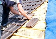 Un barbat din Strehaia a facut o descoperire socanta in timp ce-si renova acoperisul casei. Politia a ajuns de urgenta la el acasa