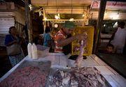 Imagini dezolante in Venezuela! Oamenii au ajuns sa se bata pentru bucati de carne stricata!