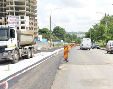 Nicio strada fara asfalt sau utilitati publice. Este proiectul numarul 1 votat astazi...