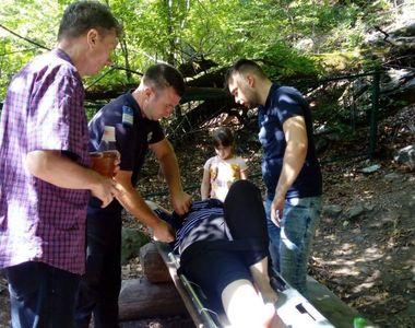 Tragedie in Vrancea! O femeie a cazut de pe o stanca de la o inaltime de 10 metri