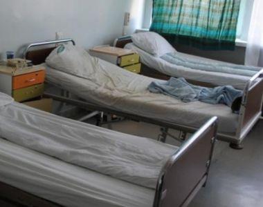 Acuzatii grave! Un pacient este plin de rani si vanatai dupa ce a fost legat de pat la...