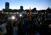 Protest in Piata Victoriei! Oamenii au iesit din nou in strada, la o luna de la violentele de la mitingul Diasporei