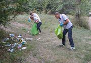 Klaus Iohannis a trecut la munca de jos! Presedintele tarii a ajutat la curatarea padurii Cernica